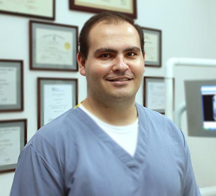 Dr. Mauricio Montealegre Sauma. DDS